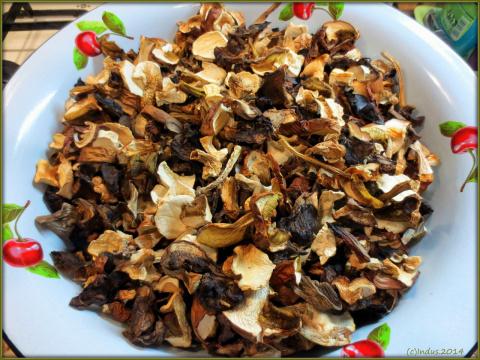 1,2 кг. сушеных грибов, сезон 2014