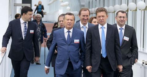 """""""Газпром"""": убытки компании не повлияли на выплаты премий членам правления"""