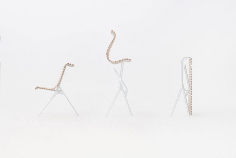 Три-в-одном: стол, стул и жалюзи