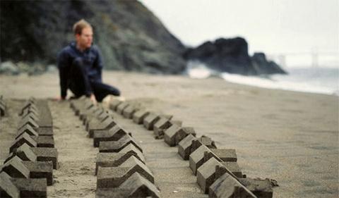 Когда мечты разбиваются о реальность. Дома из песка от Чеда Райта (Chad Wright)