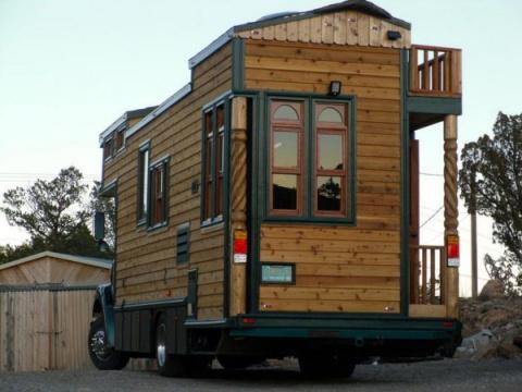 Удивительные дома на колесах