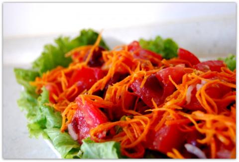 Пикантный салат из фасоли.