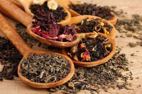 14 добавок к чаю, которые сделают любимый напиток вкуснее и полезнее