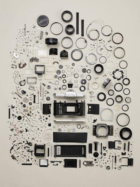 Сколько деталей в простой фотокамре?