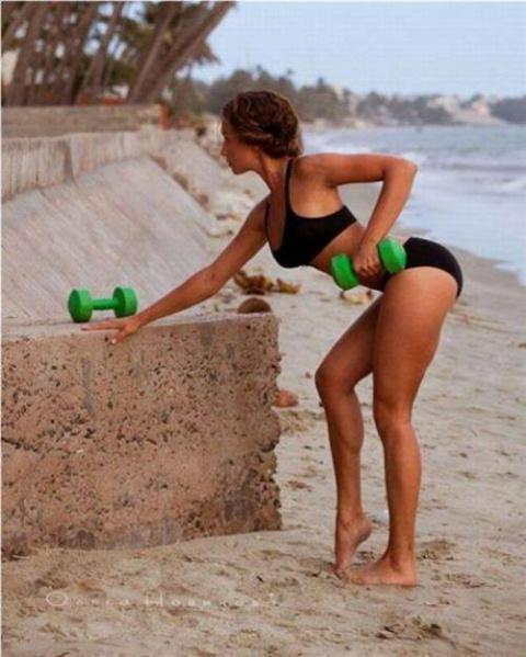 Очаровательные спортивные девушки