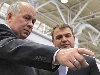 """Что там у нас не тонет? Сердюков назначен советником гендиректора """"Ростехнологий"""""""