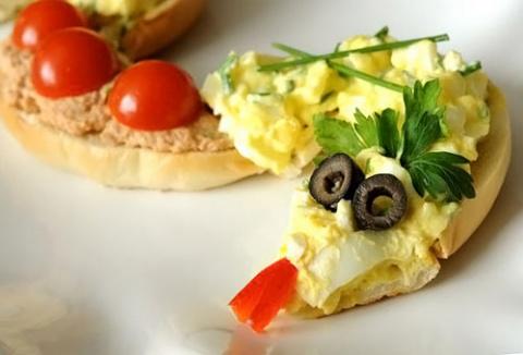 Новогодний салат и закуска- змея 2013