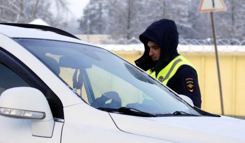 ГИБДД получит право останавливать водителей за пределами стационарных постов