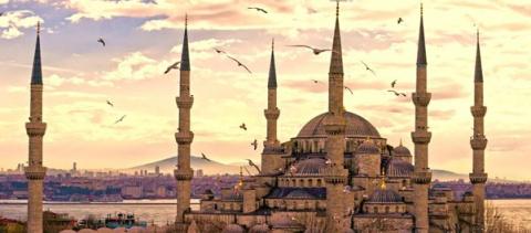 США эвакуирует дипломатов из Стамбула