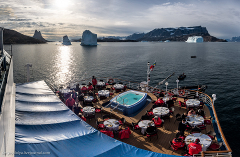 Сибаритство в Арктике: обед …