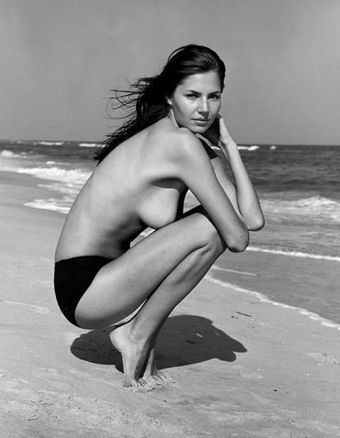 Пляжные эротические фантазии, воплощённые в фотографии