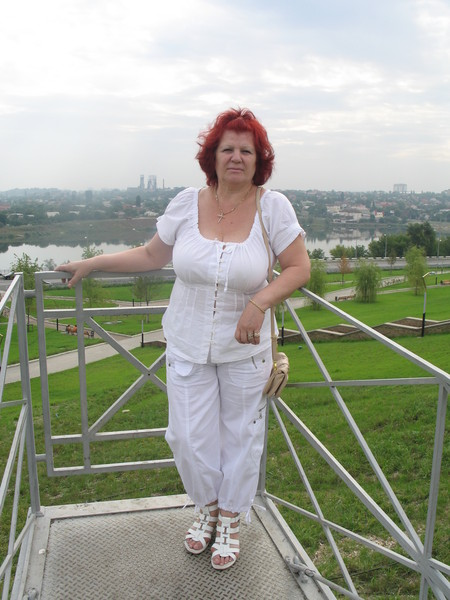 Елена Нерода