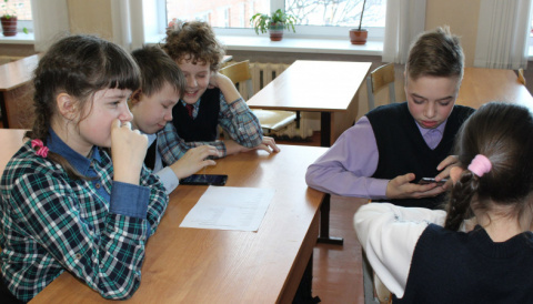 В Карелии школьников учат пользоваться мобильными устройствами для учебы