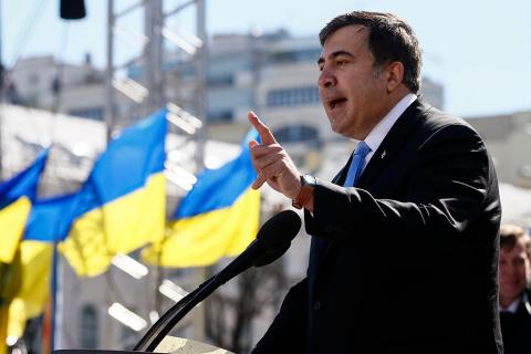 Саакашвили объявил об уходе …