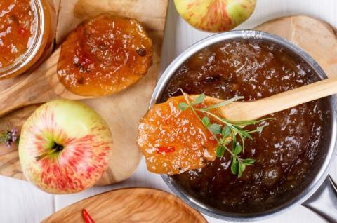 Смалец, соус, пастила. Что можно приготовить из кислых яблок