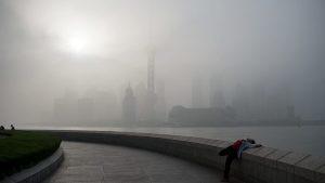 В этом году выбросы двуокиси…