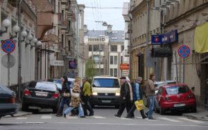 Департамент транспорта назвал количество лишних машин в Москве