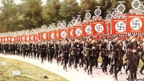 Как популярна была свастика, пока ее не присвоил Гитлер