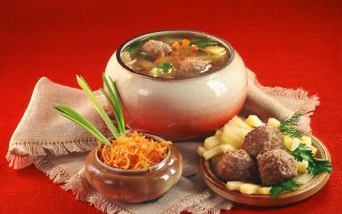 10 русских блюд и продуктов,…