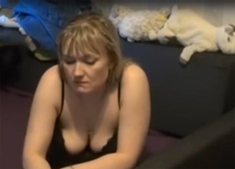 Мужчина узнал в показанной по ТВ проститутке свою жену