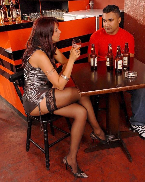Проститутка в ресторане #5