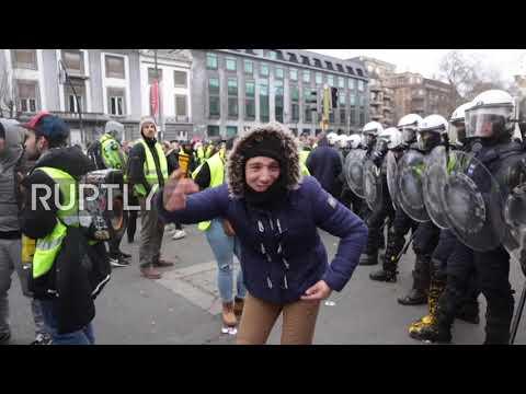 """Протесты """"Желтых Жилетов"""" в Бельгии"""