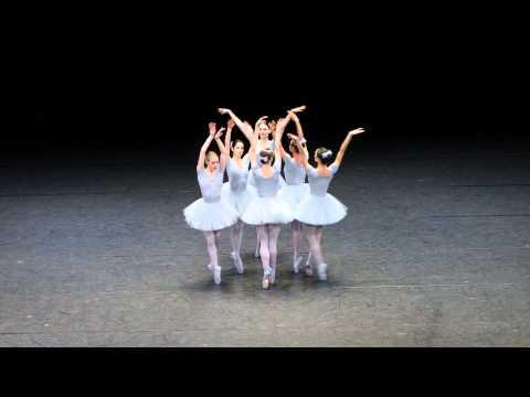 Оказывается над балетом можно смеятся