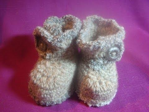 Как связать простые пинетки-ботиночки крючком?How to tie a simple crochet booties-shoes?