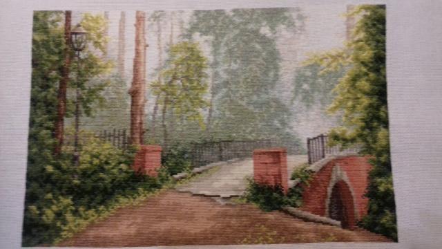 Мост в старом парке