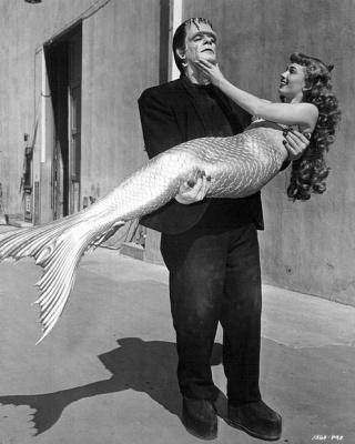 Актёры Гленн Стрэйндж и Энн Блит в костюмах своих известнейших героев, 1948 год.