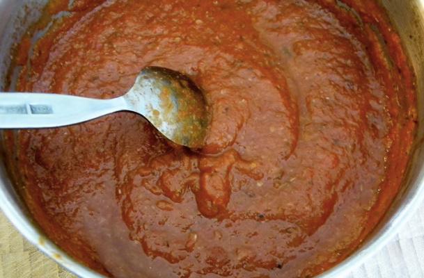 Какой древний соус считается отцом всех соусов?