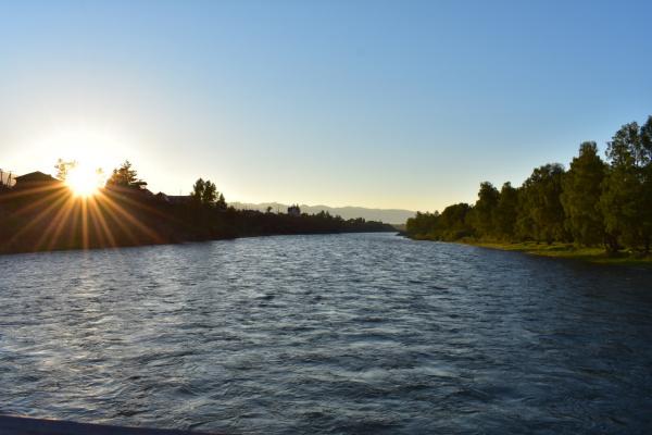 Восход над рекой Кокса