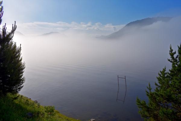 Туман над Телецким озером