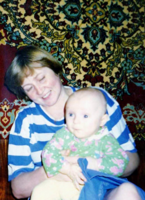 Бабушка и внучик.