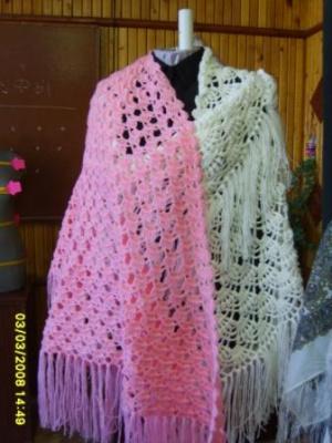 шаль розовая