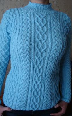 вот такой получился свитер для дочери