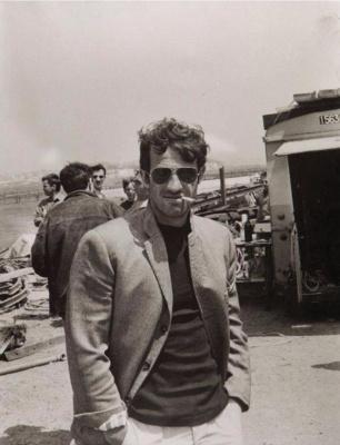 Жан-Поль Бельмондо на съемках фильма Безумный Пьеро