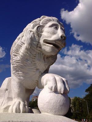 Львы на Елагином острове (3)