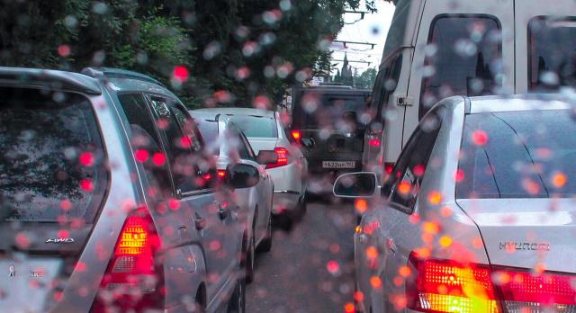 Из окна авто-Ялта 30-05-2014