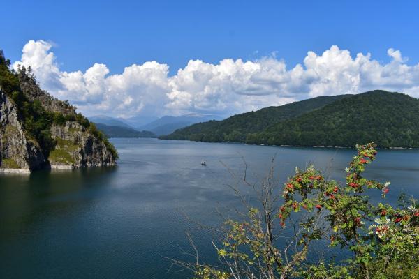 Озеро Видрару