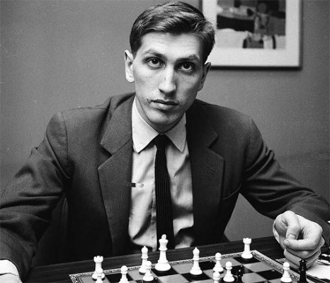11-й чемпион мира по шахматам Фи́шер Ро́берт (Бо́бби) Джейм