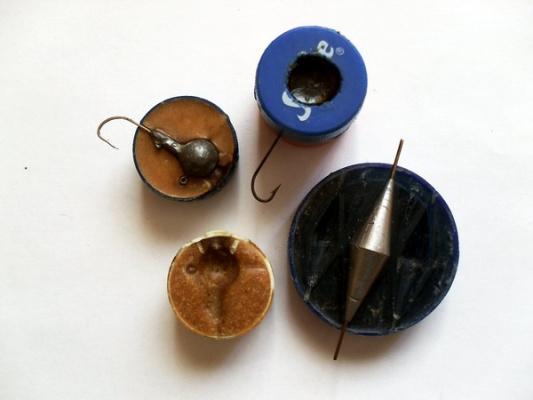 Изготовление форм для выплавки из свинца.