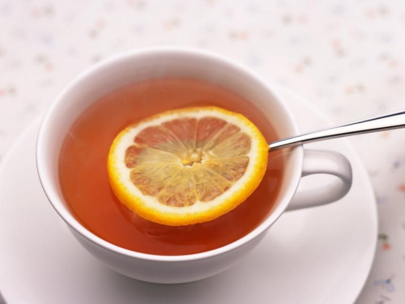 Почему чай с лимоном нужно пить на рабочем месте?