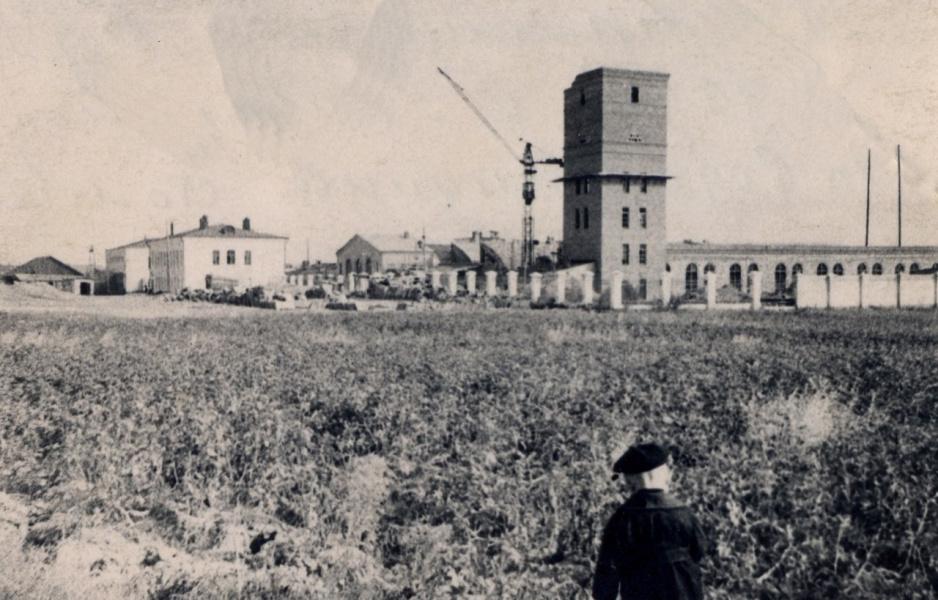 Льнокомбинат строится.1955-1959гг.