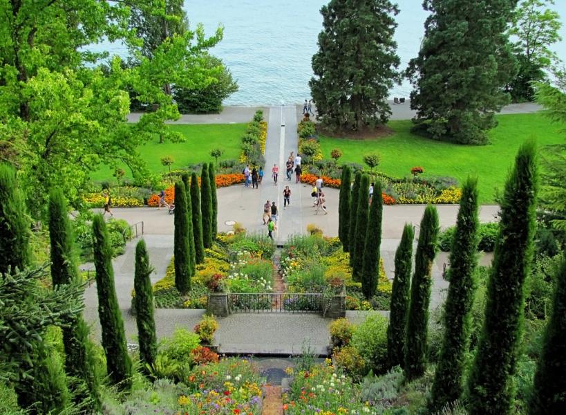 В парке цветов Майнау (Германия)
