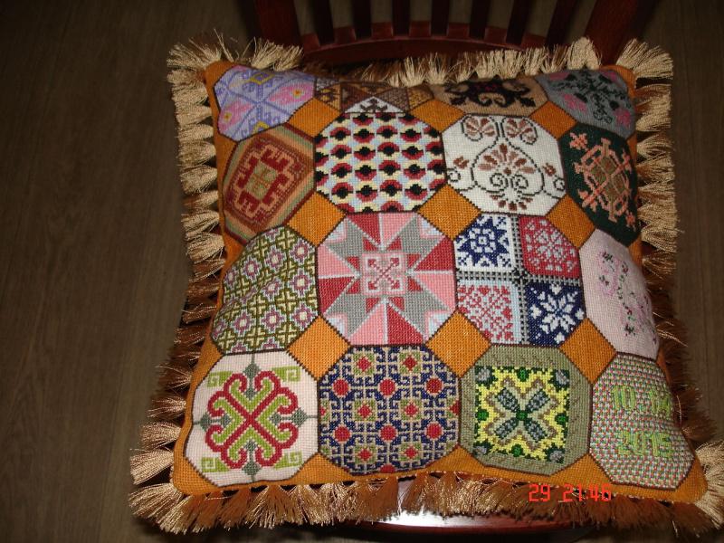 Вышивка крестом - наборы, авторские схемы, галерея вышитых Схемы для вышивки подушек панна
