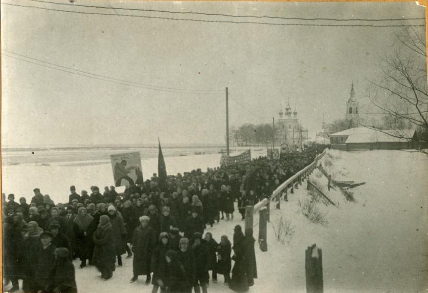 Фабричная колонна на Красильниковом мосту